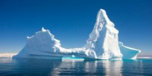 Climatologie : les icebergs géants capturent le CO2 efficacement