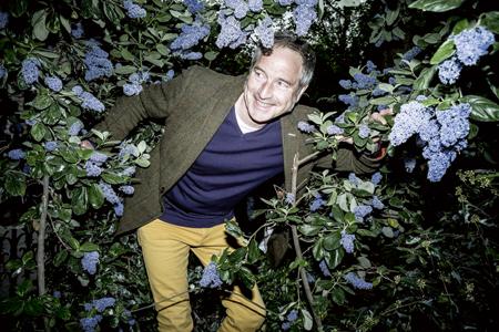 Monsieur silence a pousse fait son show au jardin - Stephane marie et son compagnon anglais ...