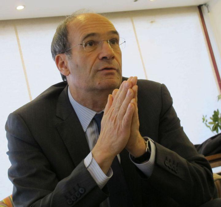 Eric Woerth: Principe De Précaution : Des Députés De Droite Veulent L