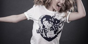 EN IMAGES. Les people soutiennent la campagne «Save The Arctic» de Vivienne Westwood