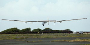 Solar Impulse se pose à Hawaï après un vol record