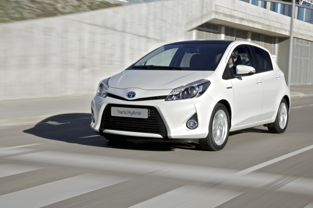 Toyota augmente sa production de Yaris Hybride