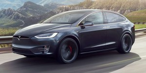 Le Tesla Model X obtient 5 étoiles au crash-test de la NHTSA