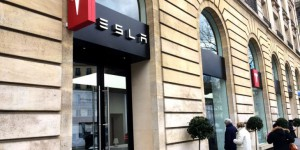 Tesla inaugure son nouveau showroom à Paris