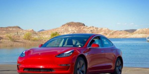 La Tesla Model 3 obtient 5 étoiles au crash-test de la NHTSA