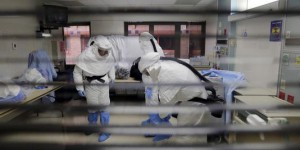L'Etat de New York durcit ses mesures anti-Ebola