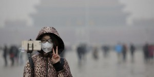 Chine : l'alerte rouge de pollution de l'air, dilemme des officiels