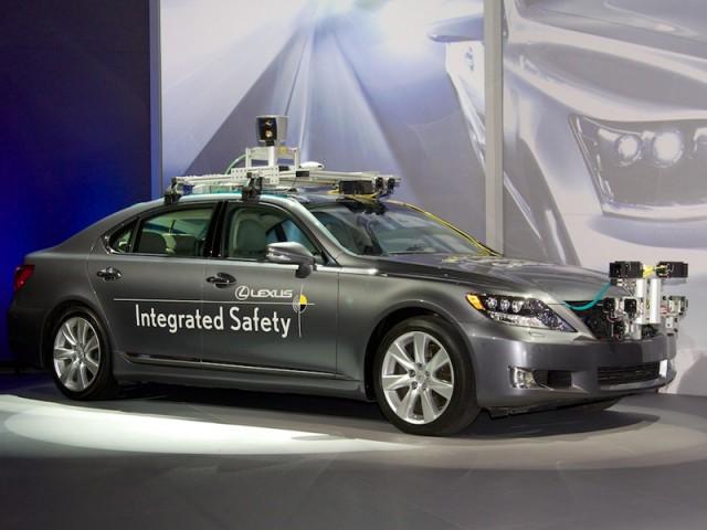 pour toyota, l'objectif n'est pas la voiture autonome mais la sécurité