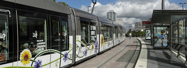 Ecotaxe : les transports collectifs, victimes de la suspension