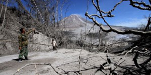 PHOTOS. Eruption du volcan Sinabung en Indonésie : un paysage de cendres